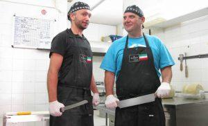 Η εταιρία Al dente παρασκευάζει φρέκα ζυμαρικά όπως spaghetti-tagliatelle-pappardelle-penne αλλά και γεμιστά ζυμαρικά ravioli σε διάφορες γεύσεις και σχήματα όπως ραβιολι με σπανάκι και ρικοτα-ραβιόλι με porcini-ραβιολι με 4 τυριά και πολλά άλλα