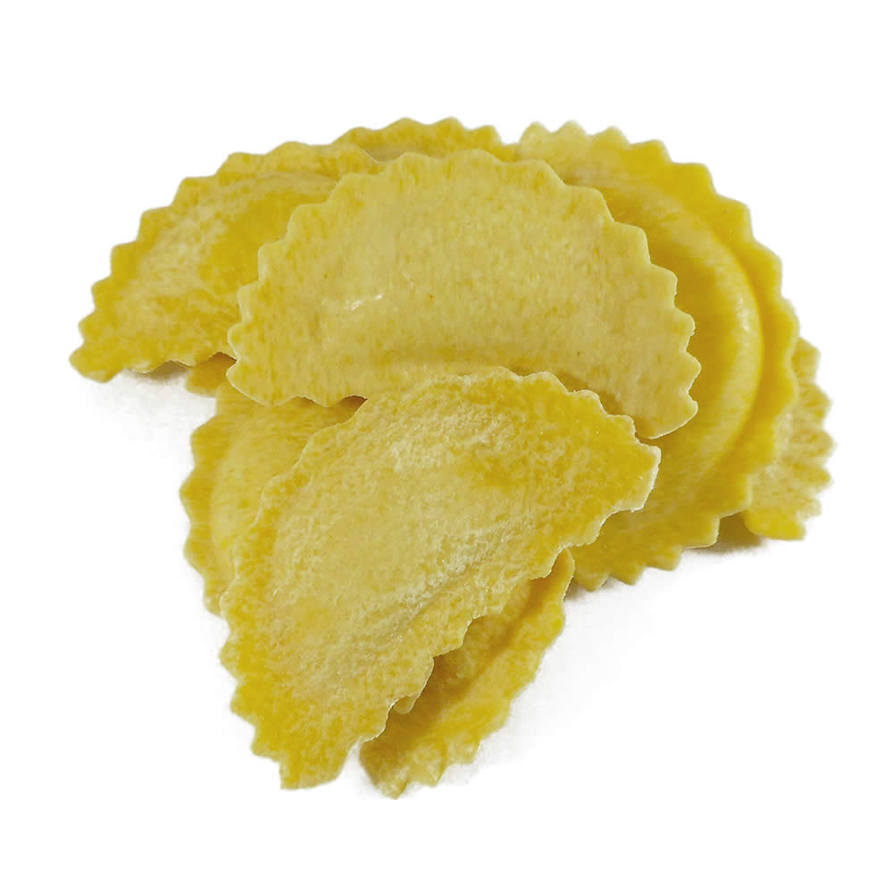 mezzaluna mozzarella, βασιλικός φρέσκα ζυμαρικά